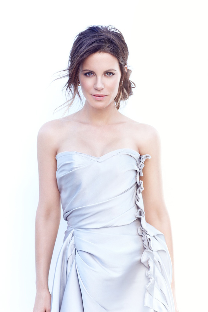 800x1200xkate-beckinsale3_jpg_pagespeed_ic_evfOGHbIS1.jpg