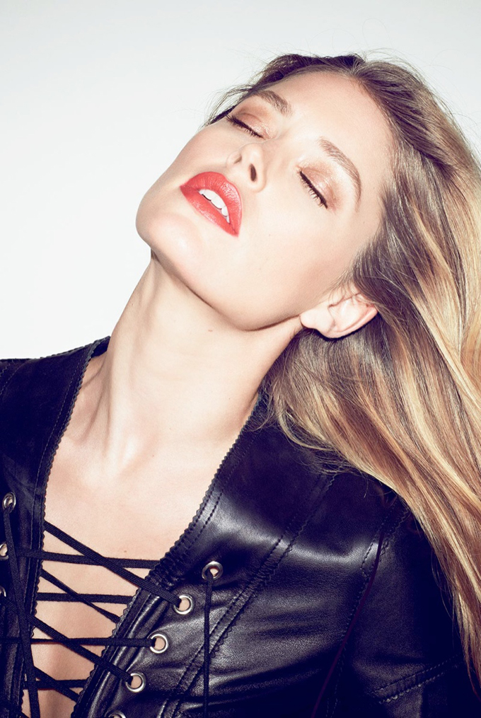 800x1194xdoutzen-kroes-pictures11_jpg_pagespeed_ic_0_8RxVRAAo.jpg