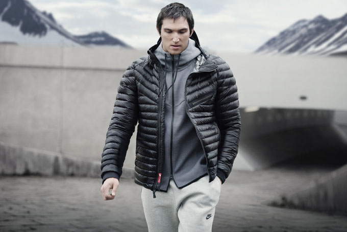 Ho13_Cross_Category_CEE_Outerwear_Ovechkin_001_RGB.jpg