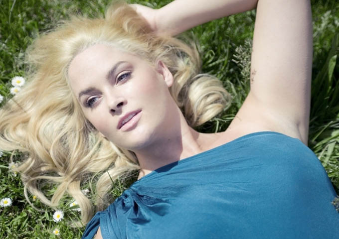 Whitney Thompson.jpg
