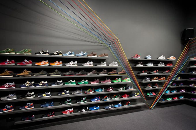 Run-Colors-Sneaker-Store-1-640x429.jpg