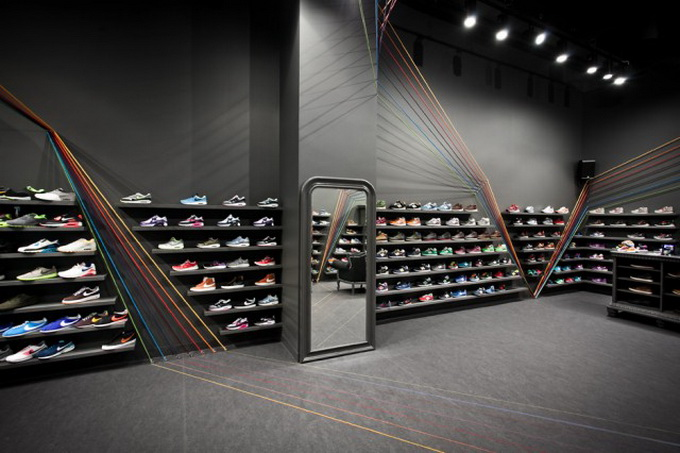 Run-Colors-Sneaker-Store-1-640x430.jpg