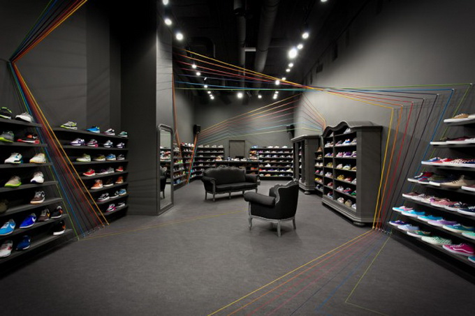 Run-Colors-Sneaker-Store-1-640x431.jpg