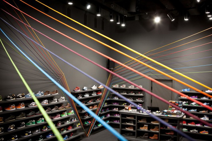 Run-Colors-Sneaker-Store-1-640x432.jpg