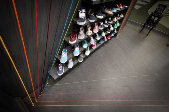 Run-Colors-Sneaker-Store-1-640x434.jpg