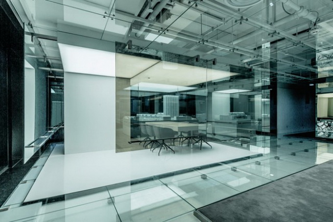 Glass-Office-in-Shanghai-1-640x_10.jpg