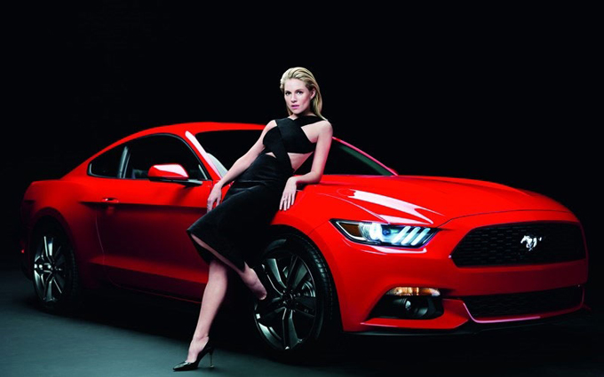 800x500xsienna-miller-ford-mustang4_jpg_pagespeed_ic_sd2EzOJsPO.jpg