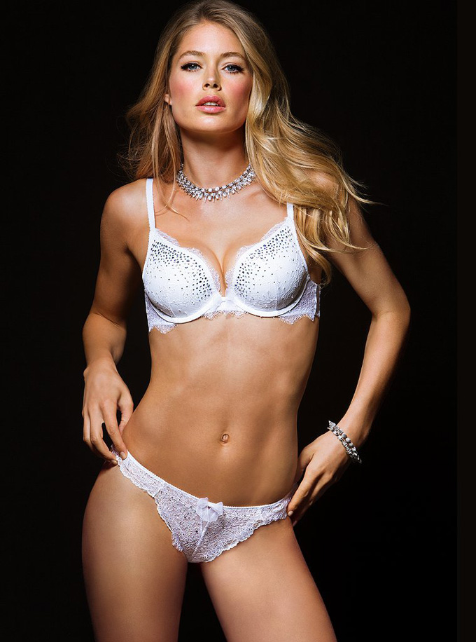 760x1024xdoutzen-victorias-secret3_jpg_pagespeed_ic_NXb_7S7ojq.jpg