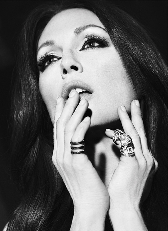 Julianne-Moore-The-Edit-Paola-Kudacki-04.jpg