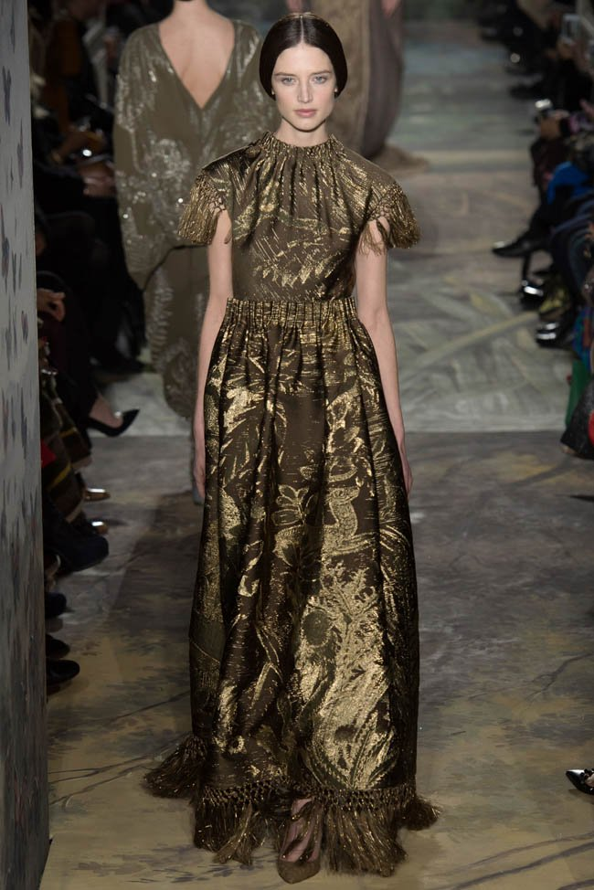 650x974xvalentino-haute-couture-spring-2014-show34_jpg_pagespeed_ic_RcI7uiWzmk.jpg