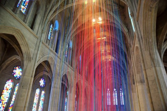 Graced-With-Light-Installation-in-San-Fransisco-Cathedral-5.jpg