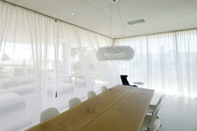 Jellyfish-House_Weil-Arets-Architects_01-600x404.jpg