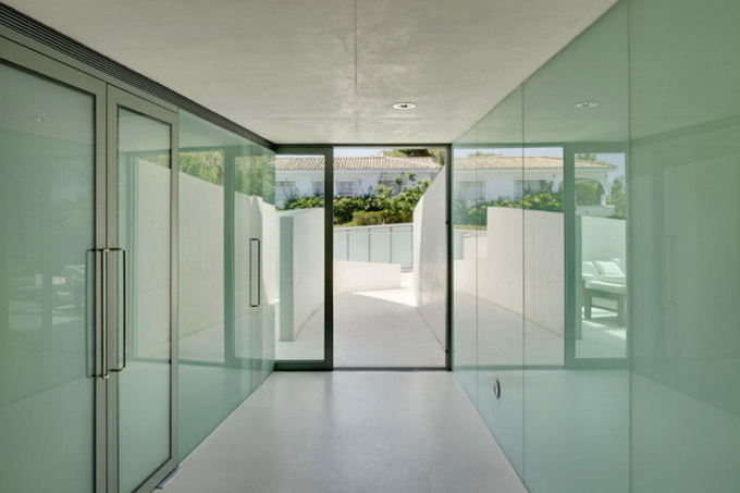 Jellyfish-House_Weil-Arets-Architects_01-600x405.jpg