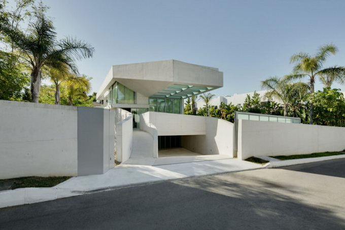 Jellyfish-House_Weil-Arets-Architects_01-600x410.jpg