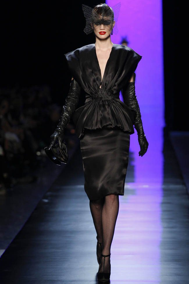 jean-paul-gaultier-haute-couture-spring-2014-show1.jpg