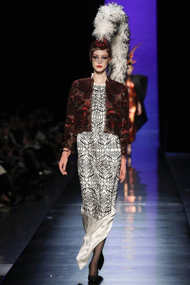 jean-paul-gaultier-haute-couture-spring-2014-show31.jpg