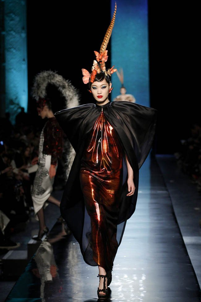 jean-paul-gaultier-haute-couture-spring-2014-show32.jpg