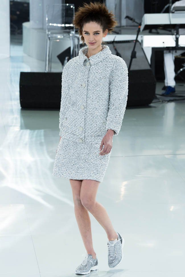 chanel-haute-couture-spring-2014-show12.jpg