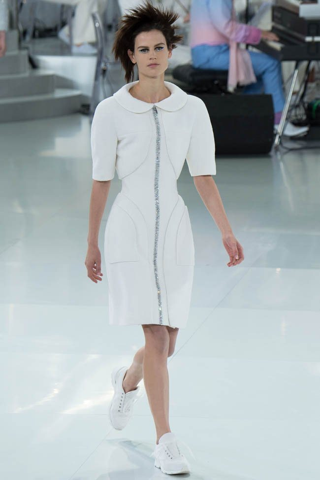 chanel-haute-couture-spring-2014-show13.jpg