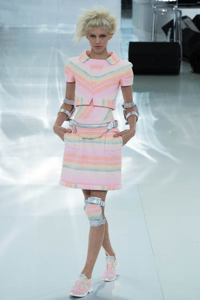 chanel-haute-couture-spring-2014-show16.jpg