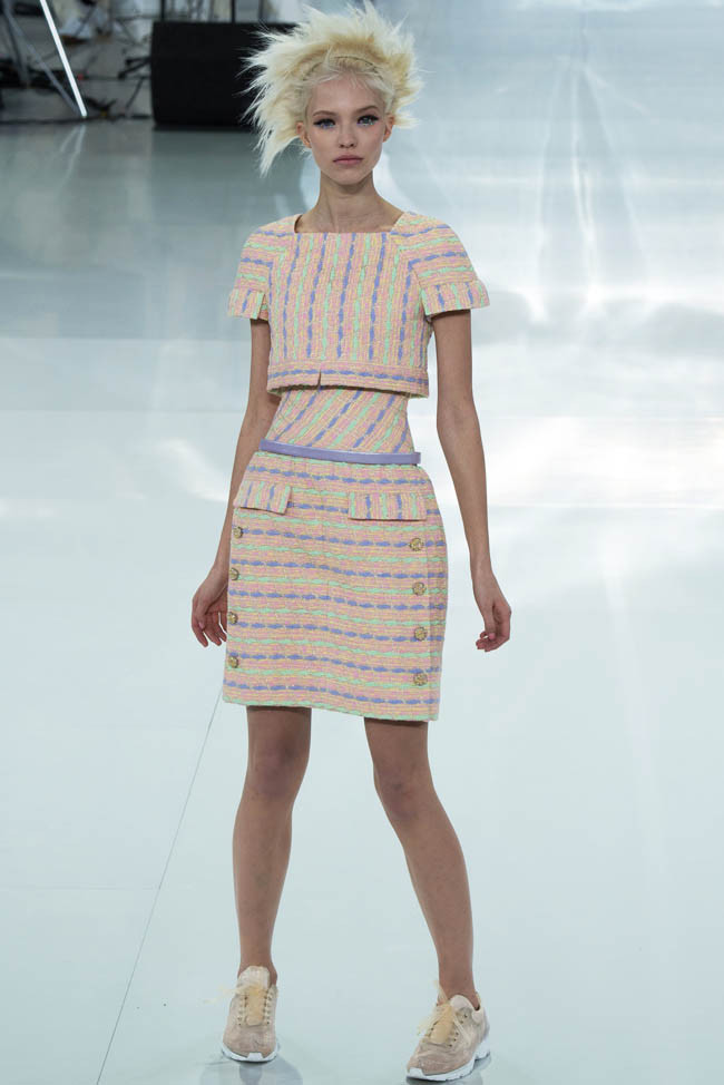 chanel-haute-couture-spring-2014-show17.jpg