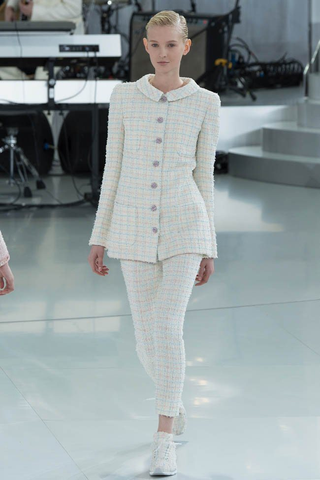 chanel-haute-couture-spring-2014-show28.jpg