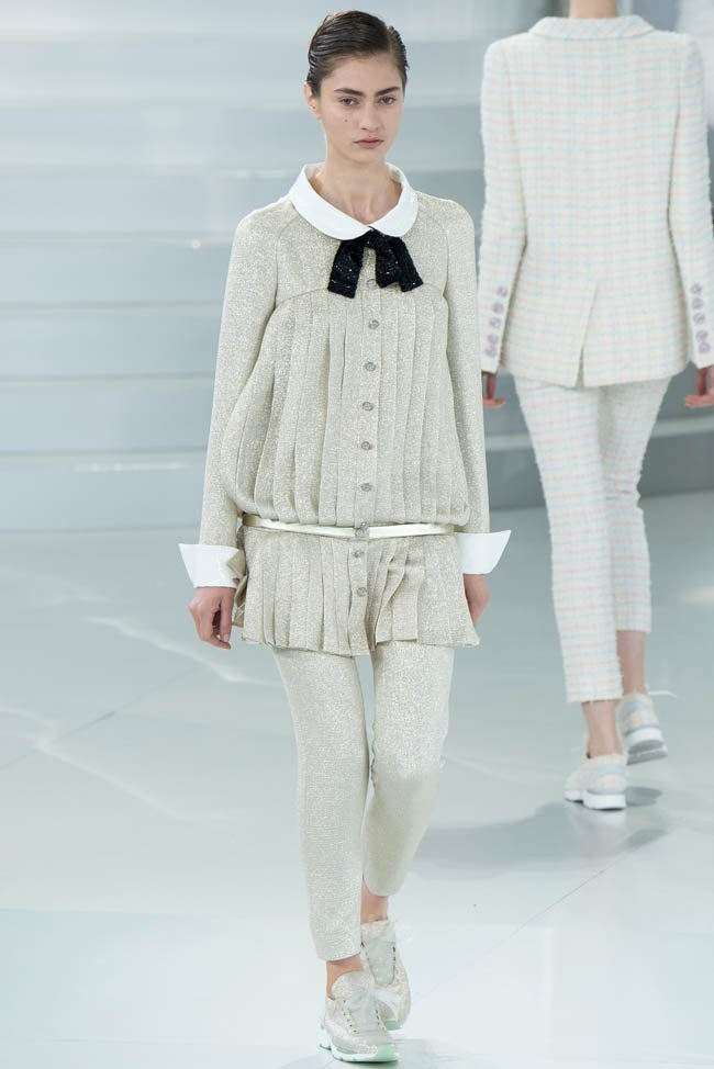 chanel-haute-couture-spring-2014-show29.jpg