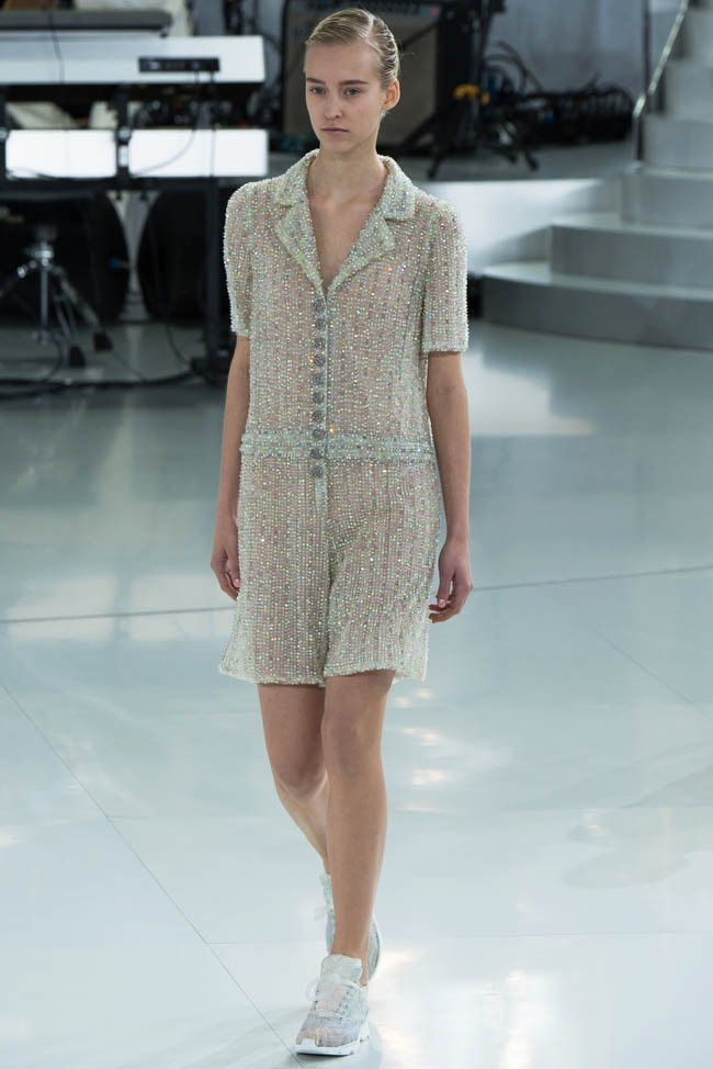 chanel-haute-couture-spring-2014-show34.jpg