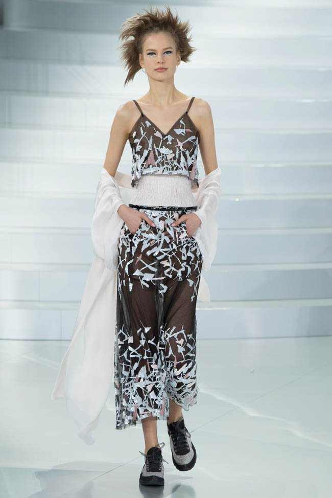 chanel-haute-couture-spring-2014-show44.jpg