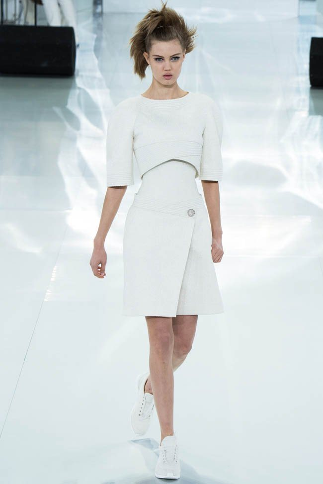 chanel-haute-couture-spring-2014-show5.jpg
