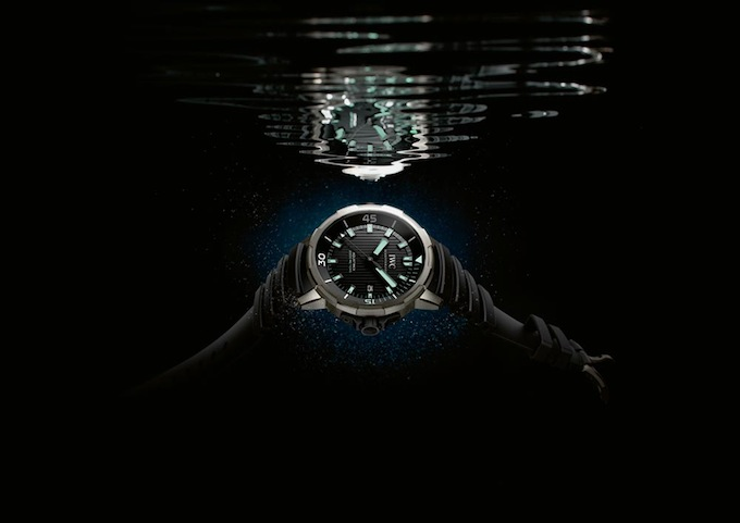 11_IWC_Aquatimer_IW358002_mood.jpg