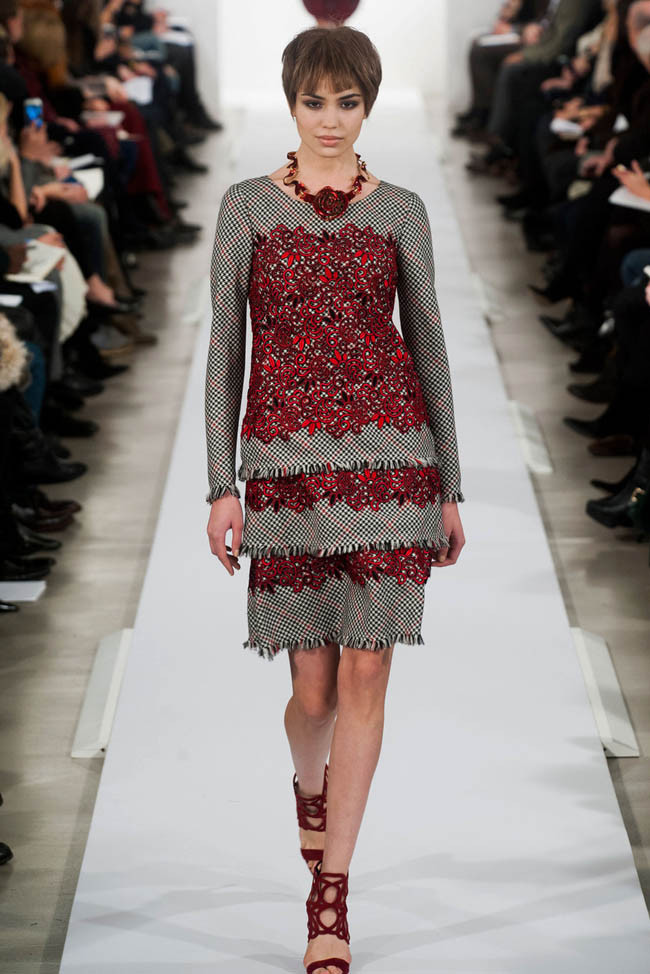 oscar-de-la-renta-fall-winter-2014-show25.jpg