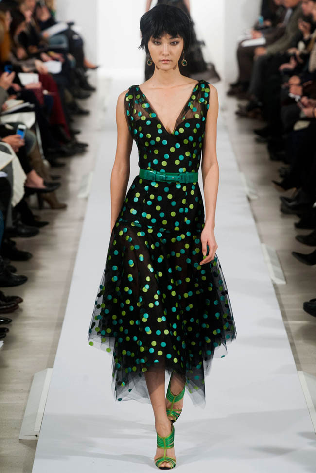 oscar-de-la-renta-fall-winter-2014-show35.jpg
