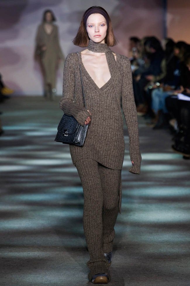 marc-jacobs-fall-winter-2014-show13.jpg