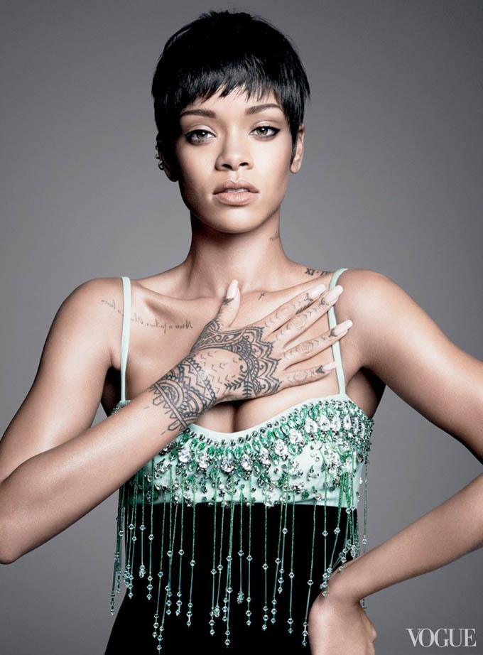800x1085xrihanna-vogue-photo-shoot3_jpg_pagespeed_ic_sQL_4tcHRs.jpg