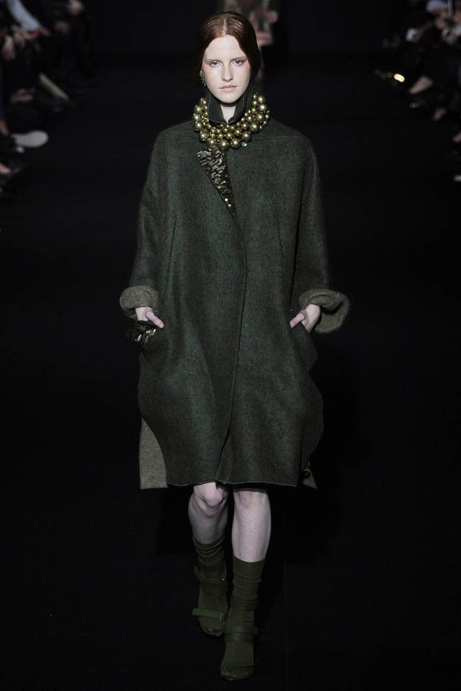 alberta-ferretti-fall-winter-2014-show16.jpg