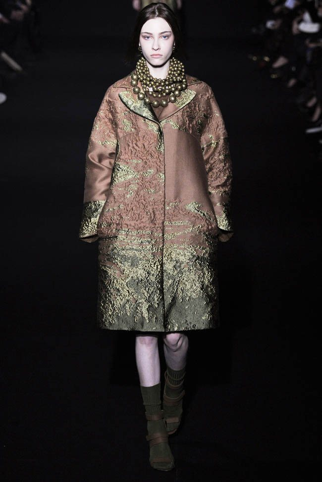 alberta-ferretti-fall-winter-2014-show2.jpg