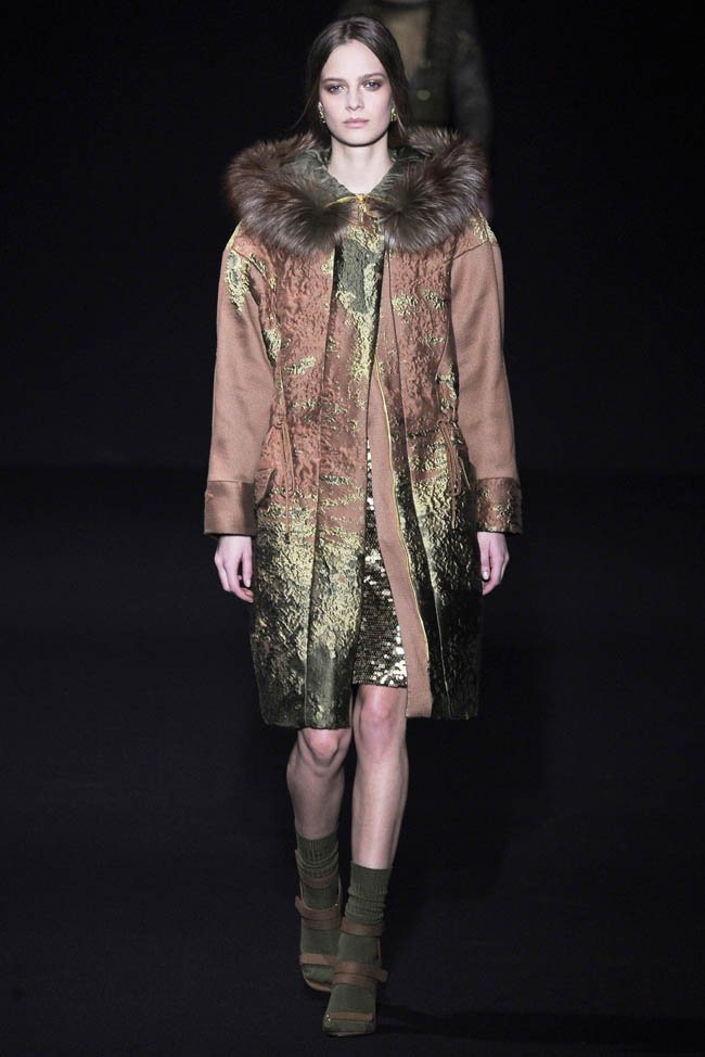 alberta-ferretti-fall-winter-2014-show3.jpg