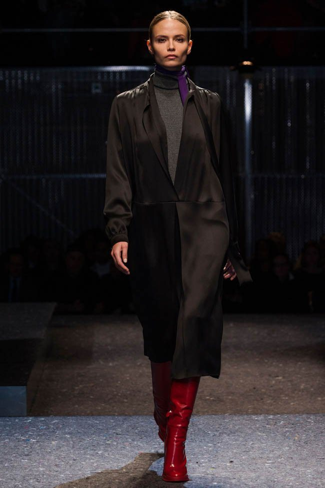 prada-fall-winter-2014-show1.jpg