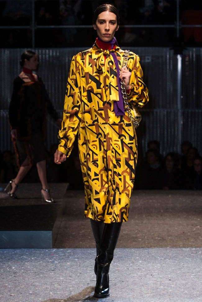 prada-fall-winter-2014-show13.jpg