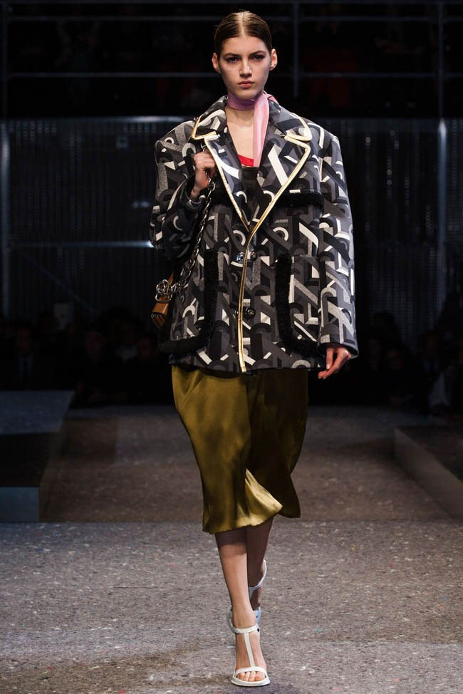 prada-fall-winter-2014-show20.jpg