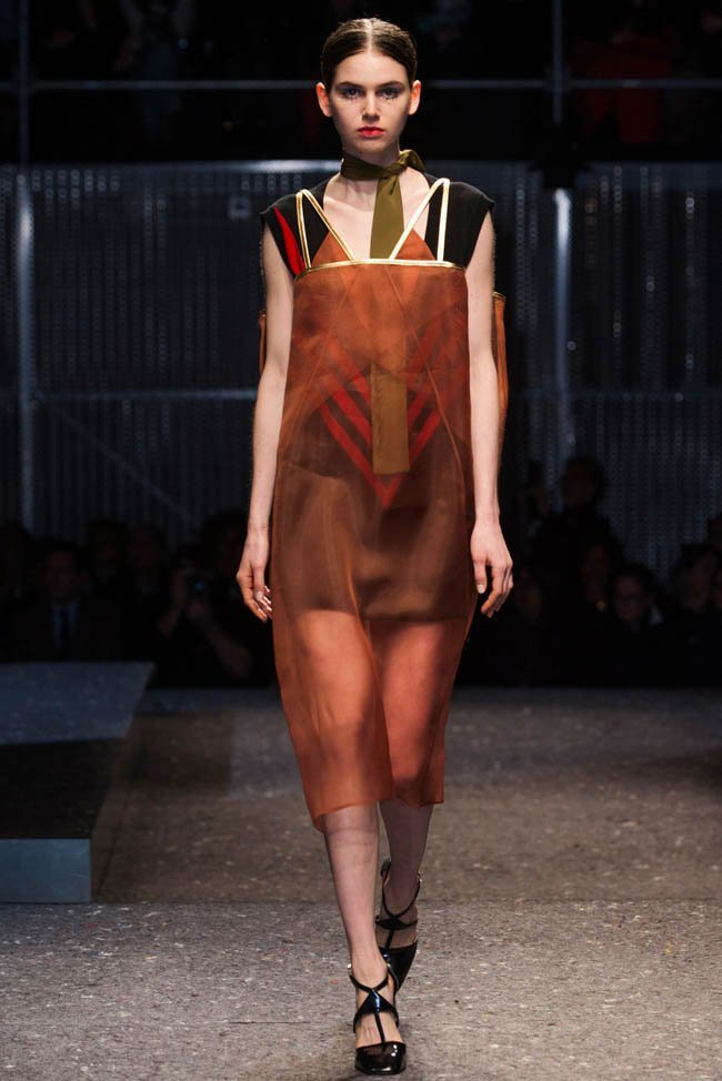 prada-fall-winter-2014-show22.jpg