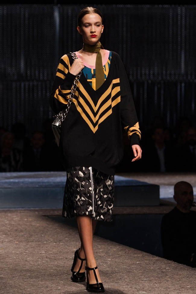 prada-fall-winter-2014-show25.jpg