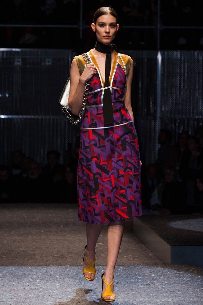 prada-fall-winter-2014-show27.jpg