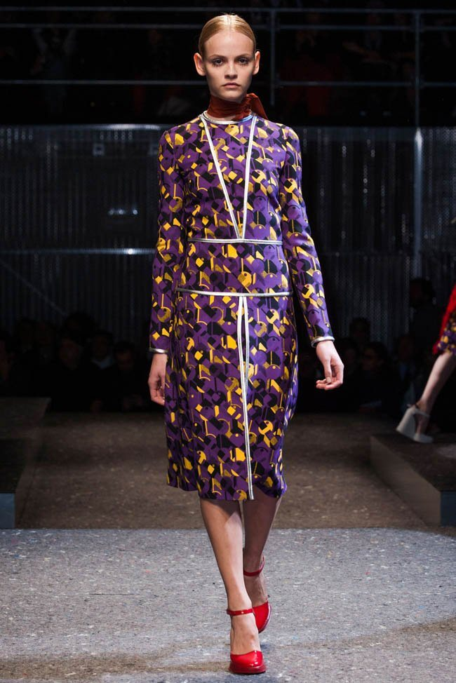prada-fall-winter-2014-show29.jpg