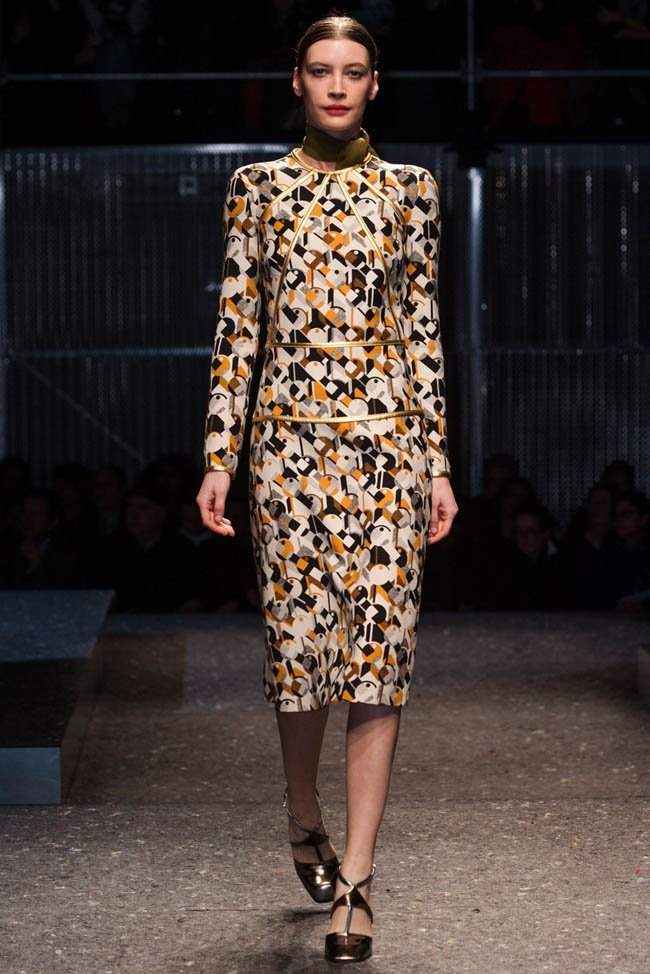 prada-fall-winter-2014-show30.jpg
