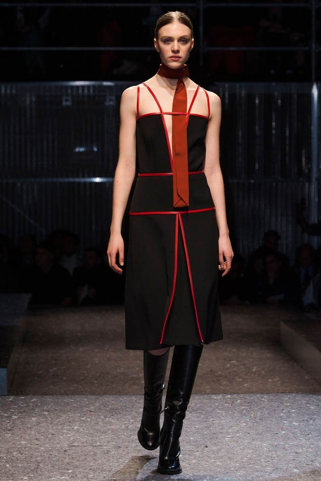 prada-fall-winter-2014-show36.jpg