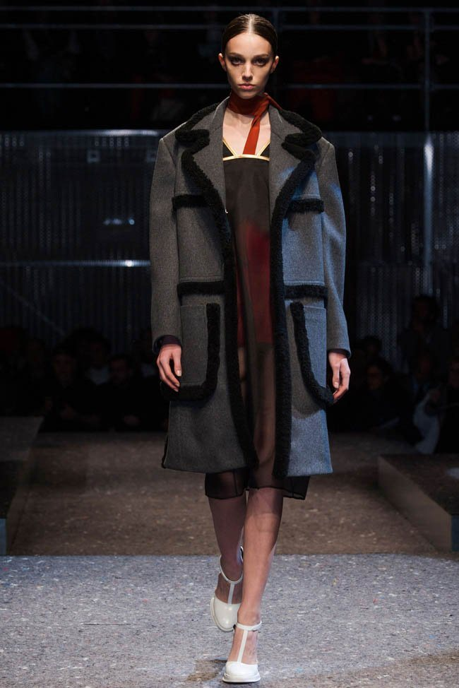 prada-fall-winter-2014-show5.jpg