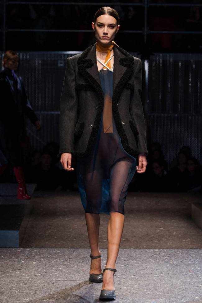 prada-fall-winter-2014-show6.jpg
