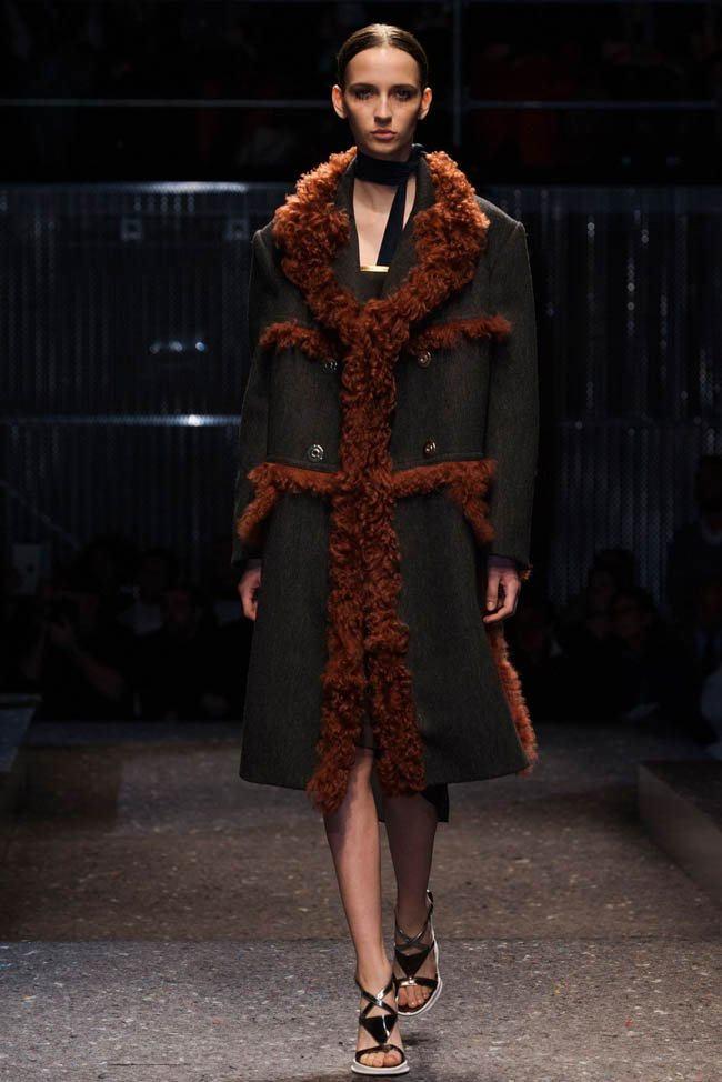 prada-fall-winter-2014-show8.jpg